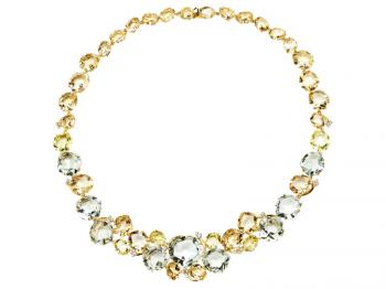 Yellow gold necklace with brilliants and quartz