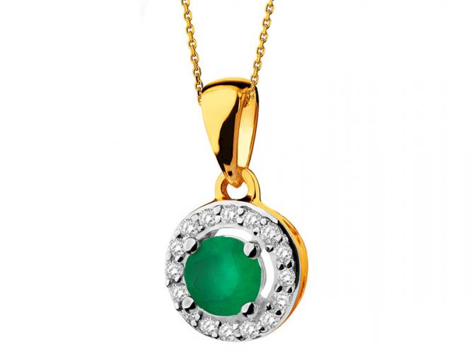 Yellow gold pendant with diamonds and emerald