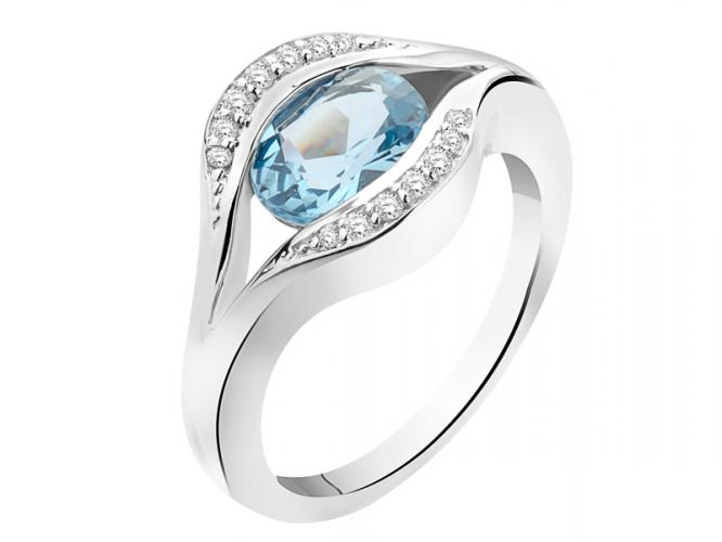 Ring with cubic zirconias and synthetic aquamarine