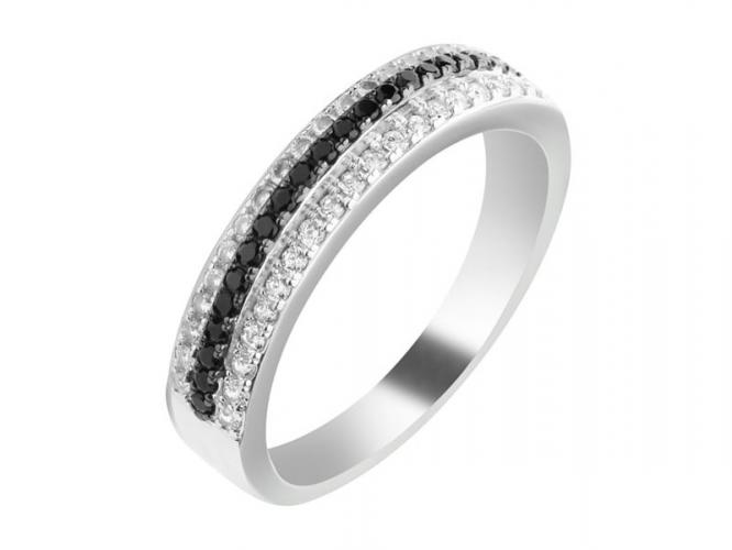 Silver ring with cubic zirconia and synthetic spinel