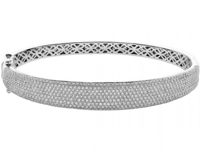 White gold bracelet with brilliants