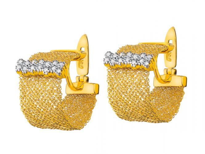 Yellow gold earrings with brilliants