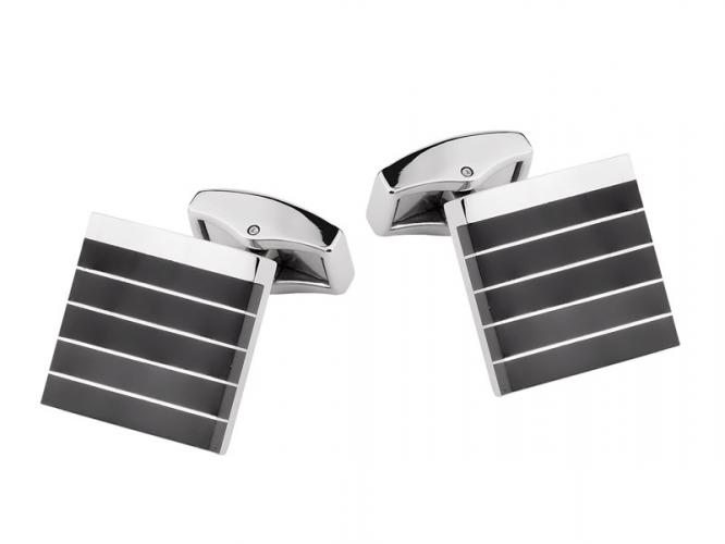 Stainless steel cufflinks with onyx