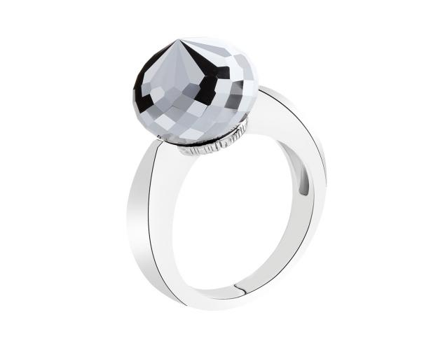 Silver ring with hematite