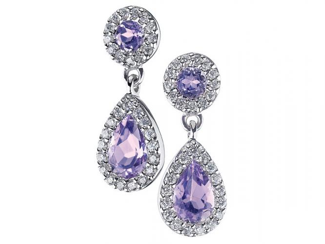 White gold earrings with brilliants and amethysts