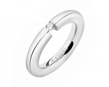 Stainless steel ring with cubic zirconia