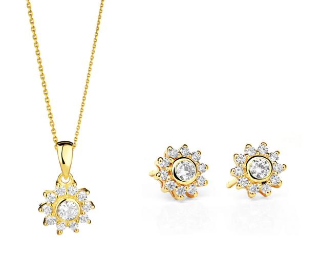 8ct Yellow Gold Set with Cubic Zirconia