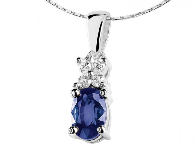 White gold pendant with brilliants and tanzanite