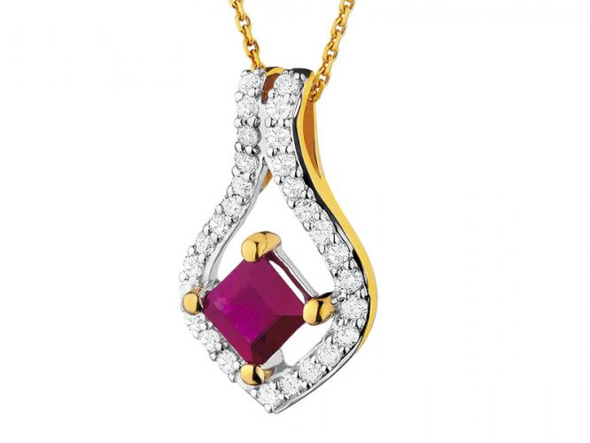Yellow gold pendant with diamonds and ruby