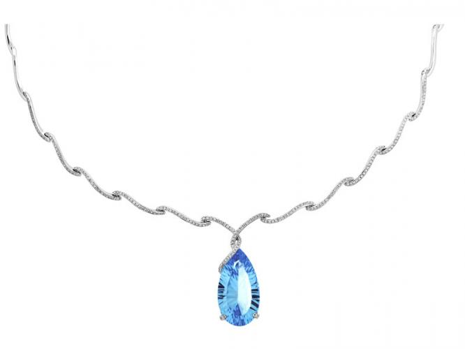White gold necklace with brilliants and topaz