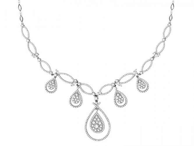 White gold necklace with diamonds