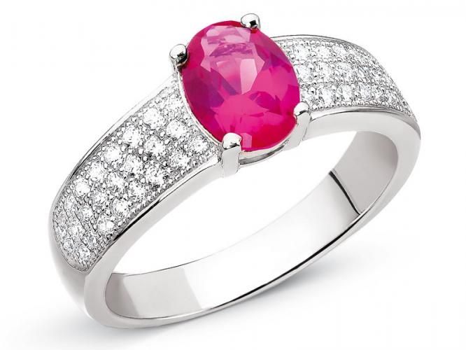 Silver ring with cubic zirconia and synthetic corundum
