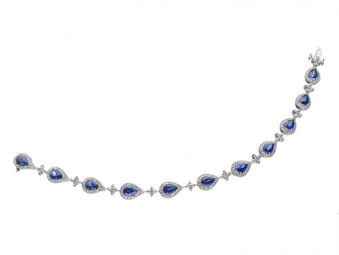 White gold bracelet with brilliants and sapphires