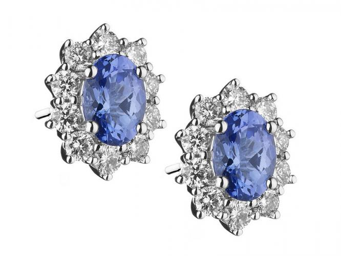 White gold earrings with brilliants and tanzanites