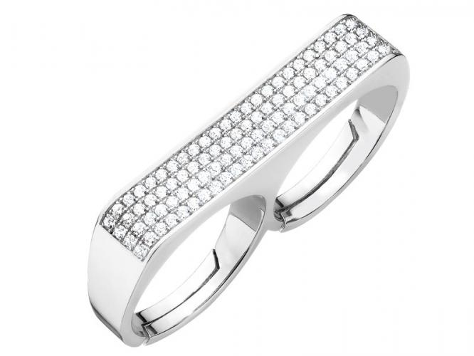 Silver ring with cubic zirconias