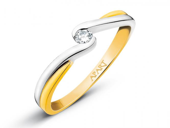 Yellow gold ring with brilliant