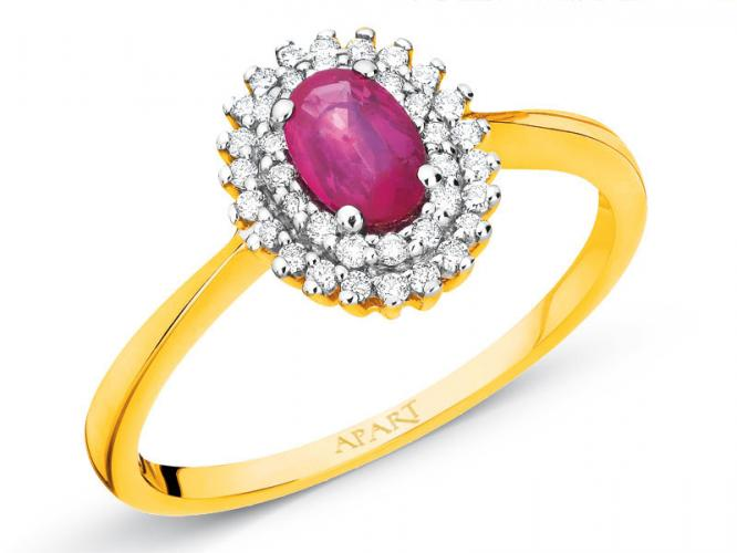 Yellow gold ring with brilliants and ruby