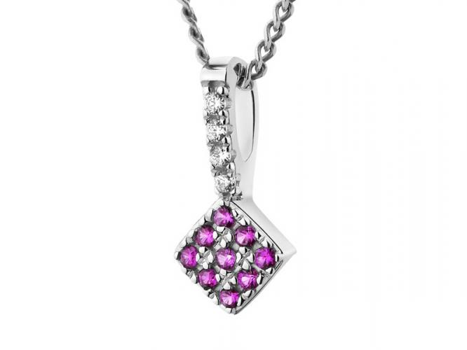 Silver pendant with synthetic corundum